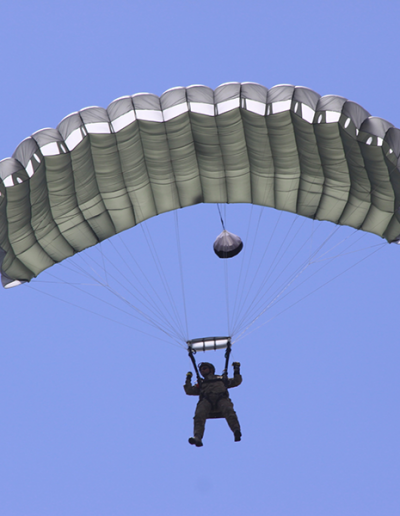 Heavy Load Tactical parachute glide