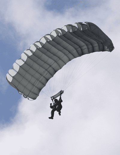 Heavy Load Tactical parachute gliding