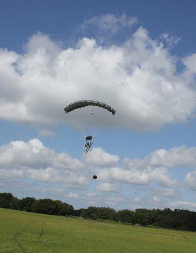 Heavy Load Tactical parachute landing