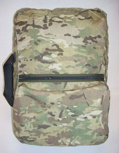Front view of camouflage Gear Bag 600