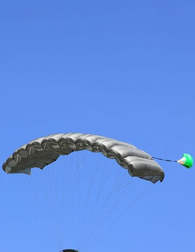 Descending in Light Load Tactical main parachute