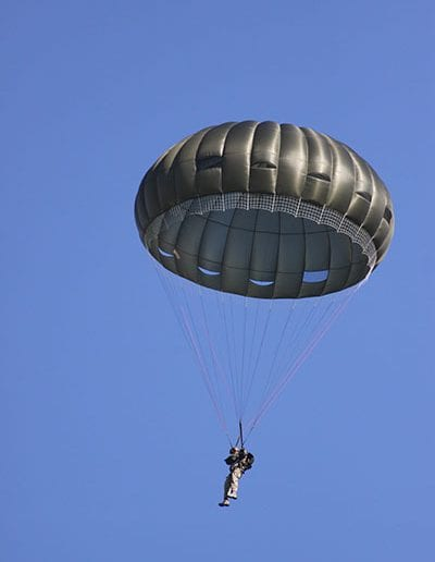 Descending in an Invasion II Non-Steerable parachute