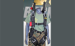 Training Harness modeled on a mannequin body